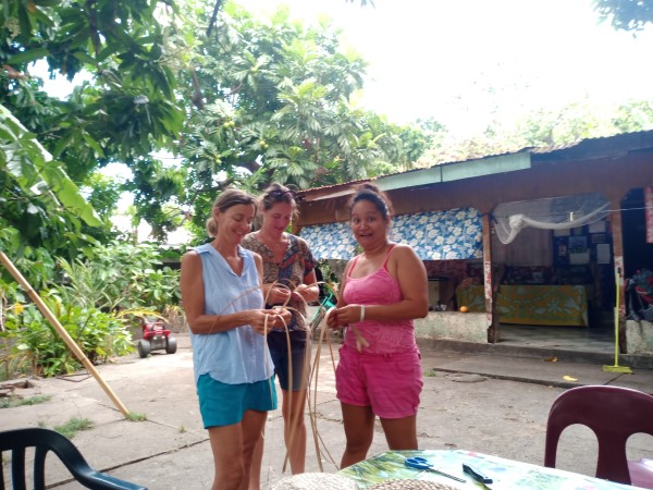 Weaving lessons at Ua Pou